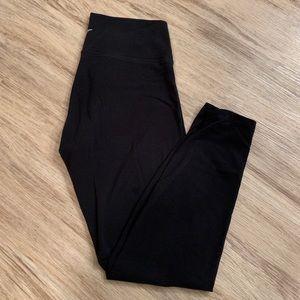 Old Navy Active Leggings | Black | Large